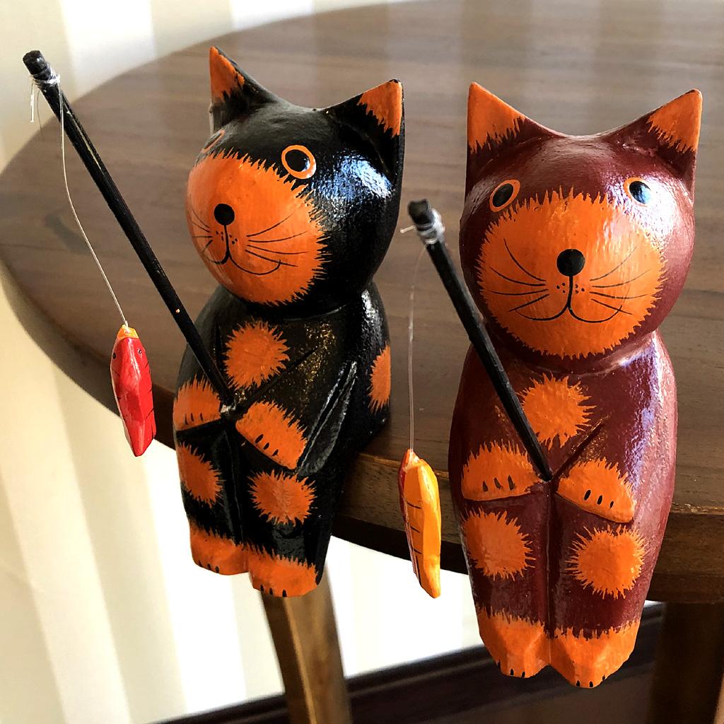 バリ猫の置物
